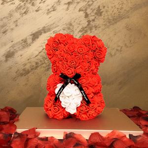 Rose Bear κόκκινο με Λευκή καρδιά